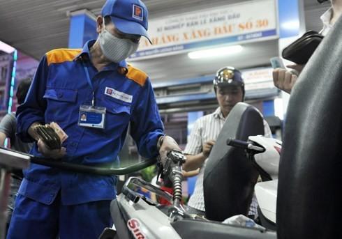 Giá xăng dầu sắp tăng do thuế bảo vệ môi trường? - anh 1
