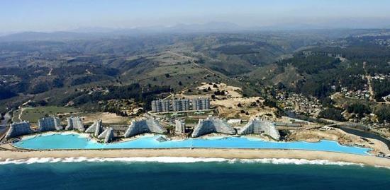 """Choáng ngợp trước """"thiên đường"""" bể bơi nhân tạo lớn nhất thế giới - anh 1"""