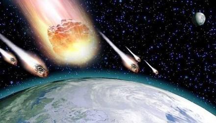 Trái đất đứng trước nguy cơ va chạm với hàng trăm thiên thạch - anh 1