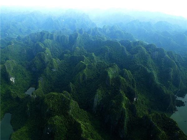 """""""Nghẹt thở"""" với chùm ảnh tuyệt đẹp của Hạ Long chụp từ thuỷ phi cơ - anh 4"""