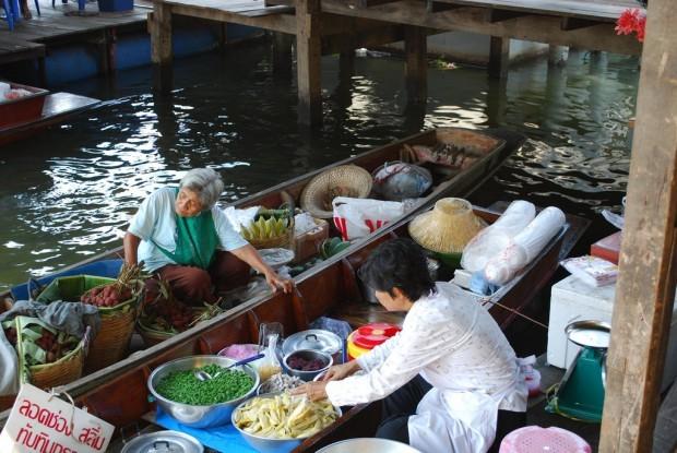 Điểm danh những chợ nổi đẹp nhất Châu Á - anh 5