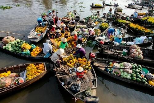 Điểm danh những chợ nổi đẹp nhất Châu Á - anh 1
