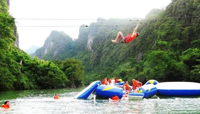 Khám phá vẻ đẹp Phong Nha - Kẻ Bàng qua dịch vụ đu dây trên không zip-line - anh 3