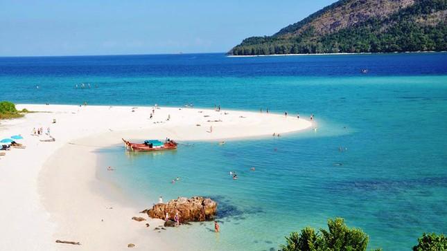 Ngây ngất trước 10 hòn đảo xinh đẹp, quyến rũ nhất Đông Nam Á - anh 4