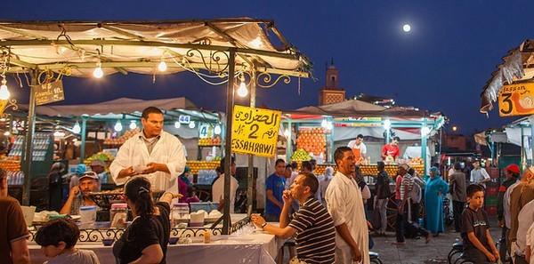 """Điểm danh những khu chợ """"sặc sỡ"""" và hấp dẫn nhất thế giới - anh 8"""