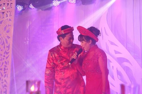 """Hoành tráng tiệc """"hấp hôn"""" của vợ chồng đại gia Việt - anh 1"""