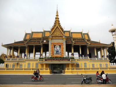 Cẩm nang cho chuyến du lịch Phnom Penh an toàn, thú vị - anh 3
