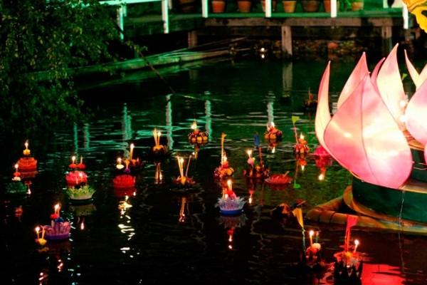 Lung linh lễ hội Loy Krathong tại đất nước chùa tháp - anh 2