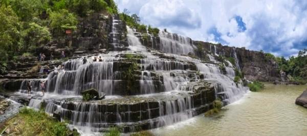 Ngất ngây trước thác nước đẹp nhất Đông Dương - anh 3