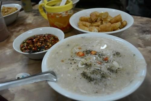Say lòng với những món cháo nóng hổi chào đông ở Hà Nội - anh 4