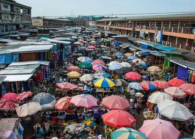 Chợ Long Biên lọt top những khu chợ trời hấp dẫn nhất thế giới - anh 4