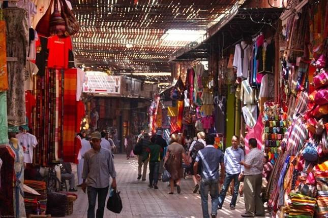 Chợ Long Biên lọt top những khu chợ trời hấp dẫn nhất thế giới - anh 3