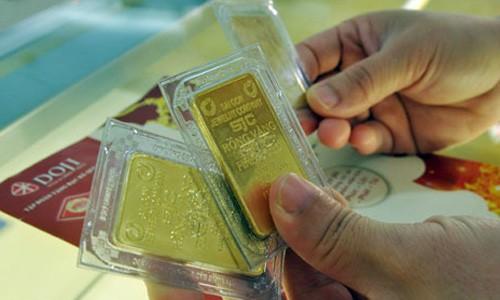 Thị trường cuối tuần: Giá USD tăng mạnh, vàng SJC ít thay đổi - anh 1