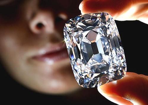 Lý giải nguyên nhân kim cương có giá cao ngất ngưởng - anh 1