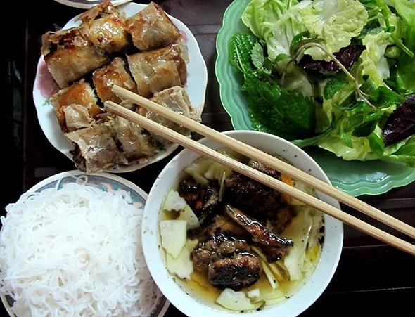 Bún chả lọt top 10 món ăn đường phố ngon nhất hành tinh - anh 1