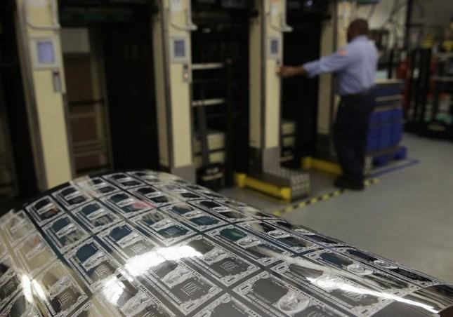 Hé lộ quy trình sản xuất tờ Đôla Mỹ - anh 5