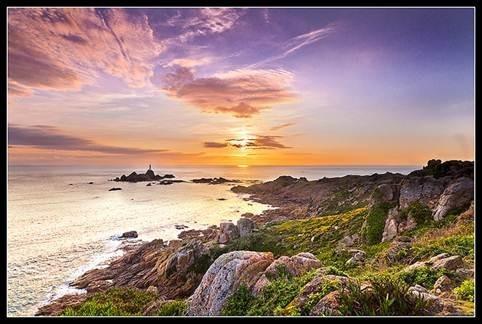 Điểm danh 10 ngọn hải đăng đẹp nhất thế giới - anh 4