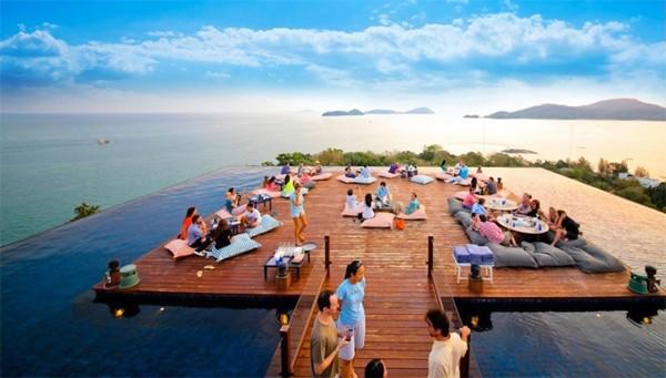Ghé thăm nhà hàng có view đẹp mê hồn ở Phuket - anh 1