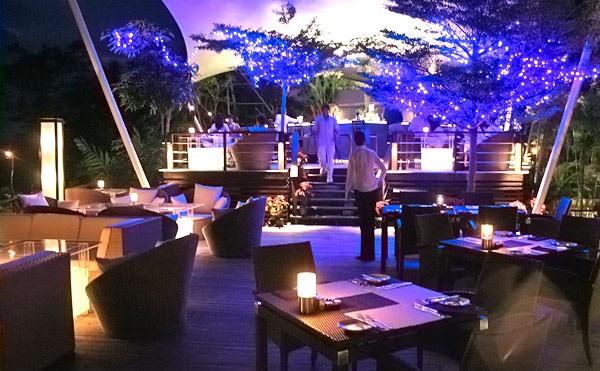 Ghé thăm nhà hàng có view đẹp mê hồn ở Phuket - anh 6