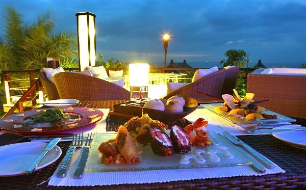 Ghé thăm nhà hàng có view đẹp mê hồn ở Phuket - anh 7