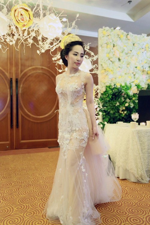 Cận cảnh tiệc cưới sang trọng của cặp đôi Quỳnh Nga - Doãn Tuấn - anh 13