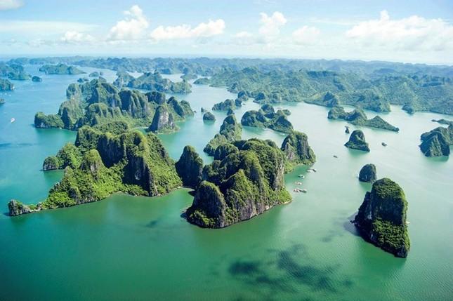 Vịnh Hạ Long lọt top những di sản đẹp nhất thế giới - anh 1
