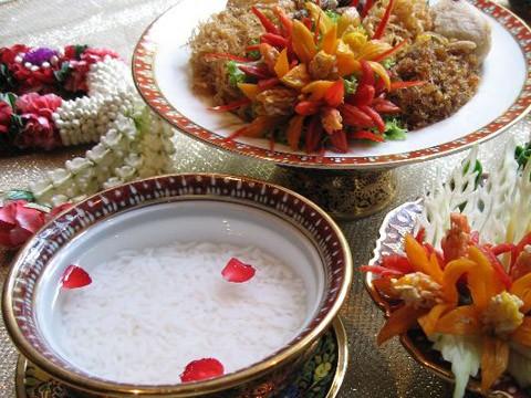 Điểm danh những món ăn Tết truyền thống của các nước Châu Á - anh 5
