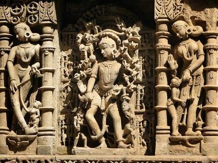 Độc đáo ngôi đền có cấu trúc ngược ở Ấn Độ - anh 3