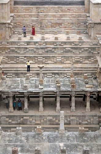Độc đáo ngôi đền có cấu trúc ngược ở Ấn Độ - anh 5