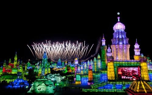 Mãn nhãn với lễ hội băng đăng rực rỡ ở Cáp Nhĩ Tân - Trung Quốc - anh 2