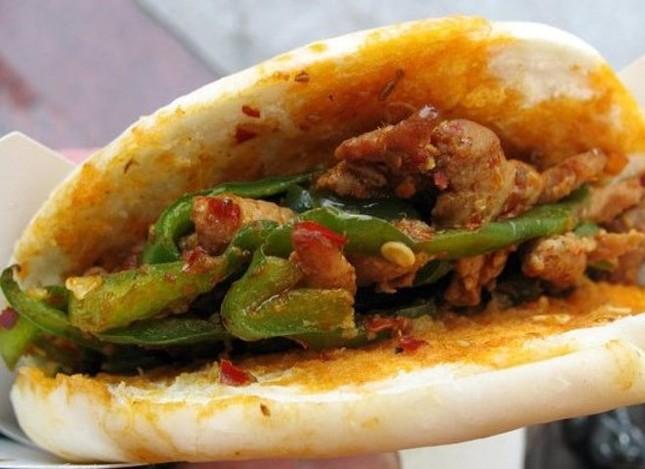 Bánh mì Việt lọt top 20 món ăn đường phố ngon nhất thế giới - anh 5