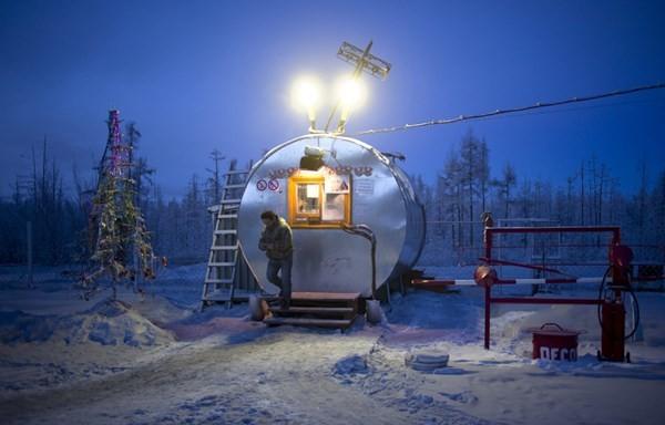 Khám phá cuộc sống phi thường ở ngôi làng lạnh nhất thế giới - anh 12