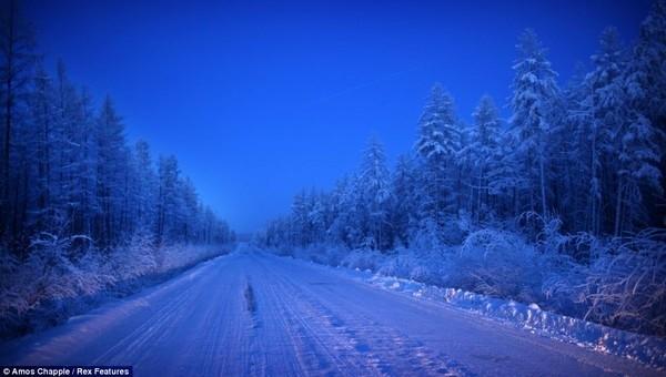 Khám phá cuộc sống phi thường ở ngôi làng lạnh nhất thế giới - anh 3