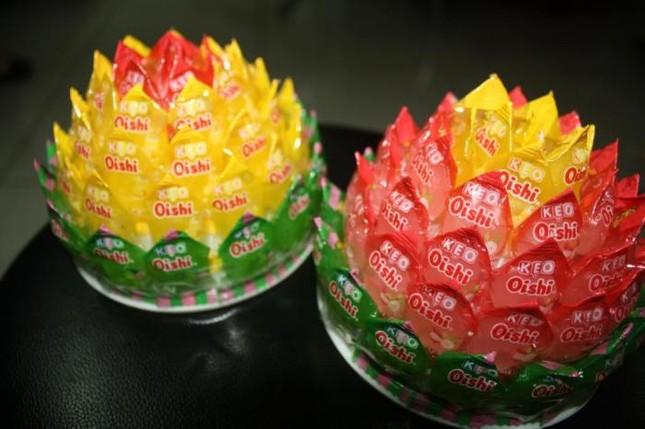 Cách làm hoa sen bằng kẹo bày bàn thờ ngày Tết cực đơn giản - anh 10