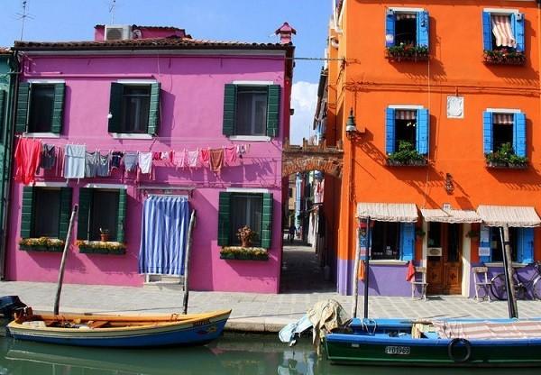 Khám phá hòn đảo cổ tích đầy màu sắc ở Italy - anh 6