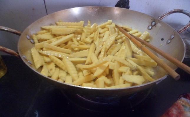 Cách làm mứt khoai lang ngọt bùi đón Tết - anh 4
