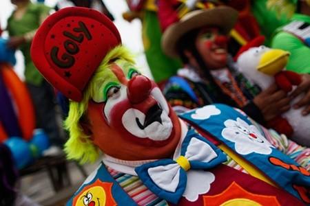 Hấp dẫn lễ hội của những chú hề ở Mexico - anh 2