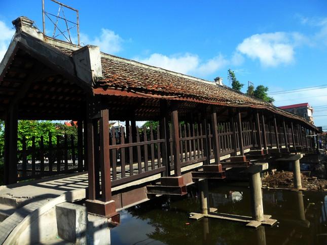 Chiêm ngưỡng cây cầu ngói được in trên tem bưu chính - anh 8