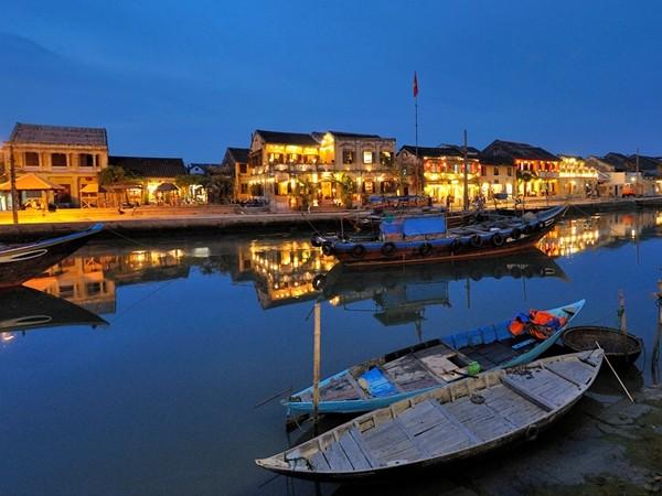 Việt Nam lọt top những đất nước đáng tham quan nhất thế giới năm 2015 - anh 1