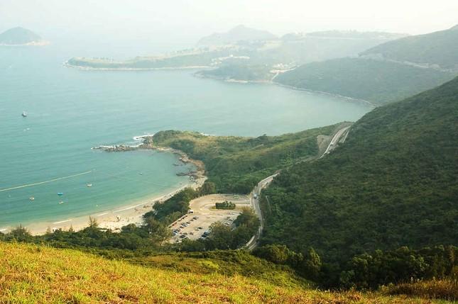 Biển Hồ Cốc lọt top 12 thiên đường giá rẻ bất ngờ trên thế giới - anh 9