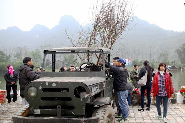 Không khí chuẩn bị lễ hội năm Kỷ Mùi 2015 rộn ràng ở Chùa Hương - anh 19