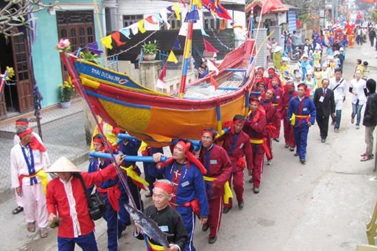 7 lễ hội lớn sau Tết không thể bỏ qua ở miền Trung và Nam Bộ - anh 2