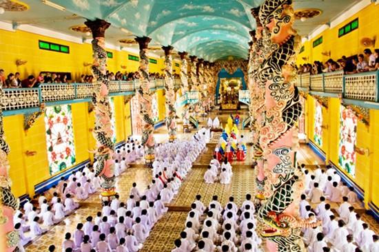 7 lễ hội lớn sau Tết không thể bỏ qua ở miền Trung và Nam Bộ - anh 6