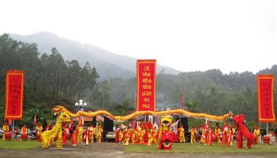7 lễ hội lớn sau Tết không thể bỏ qua ở miền Trung và Nam Bộ - anh 1