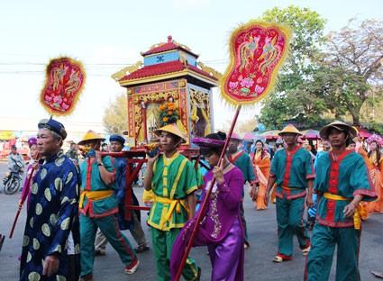 7 lễ hội lớn sau Tết không thể bỏ qua ở miền Trung và Nam Bộ - anh 7