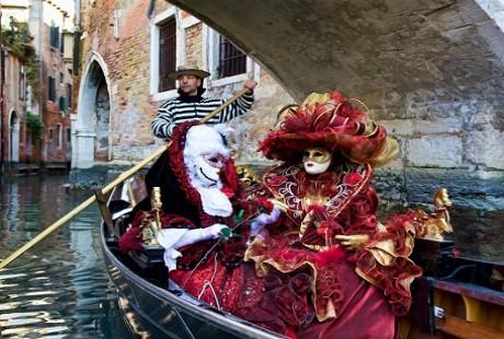 Ấn tượng với lễ hội hoá trang độc đáo ở Venice - anh 1