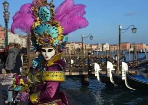 Ấn tượng với lễ hội hoá trang độc đáo ở Venice - anh 10