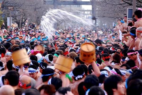 Đỏ mặt với lễ hội khoả thân Hadaka Matsuri ở xứ sở Phù Tang - anh 4