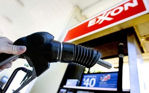 Giá dầu thô thế giới sụt giảm mạnh - anh 1