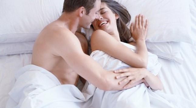 """Tuyệt chiêu làm mới """"chuyện ấy"""" để cuộc sống hôn nhân luôn nồng cháy - anh 3"""